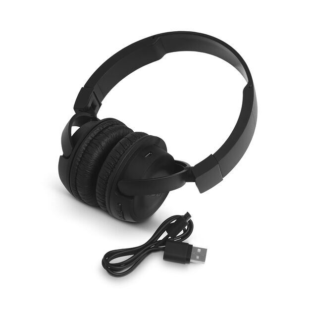 JBL T460BT - Black - Wireless on-ear headphones - Detailshot 2